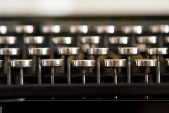 royal_standard_typewriter_keys